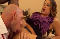 Kortney Kane e Johnny Sins godono una scopata